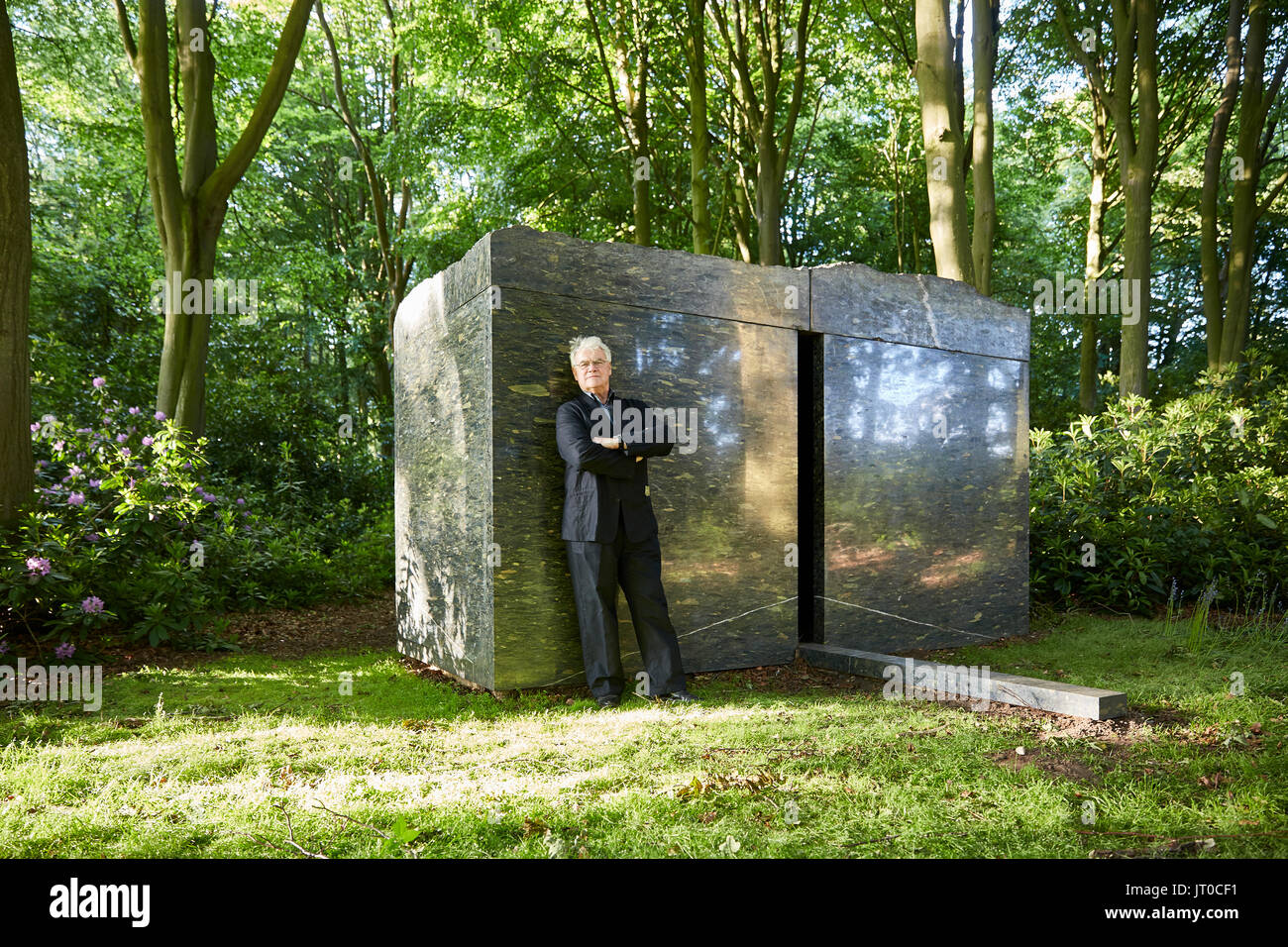 STEPHEN COX RA WITH INTERIOR SPACE HOUGHTON HALL NORFOLK UK - Stock Image