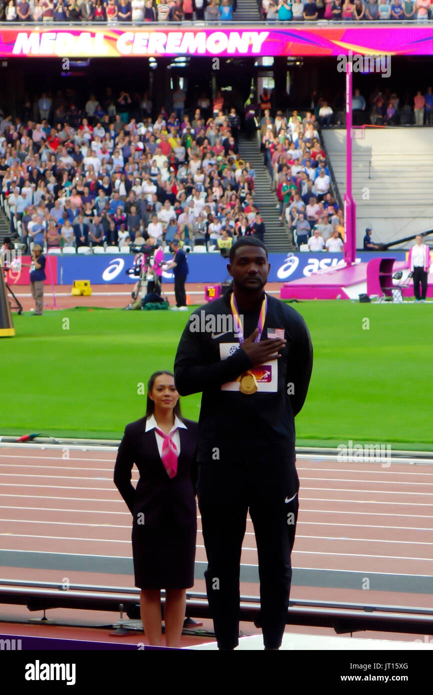 Justin Gatlin poses with his gold medal at the men's 100m award ceremony at the London 2017 IAAF World Championships in London, UK, 06 August 2017. - Stock Image