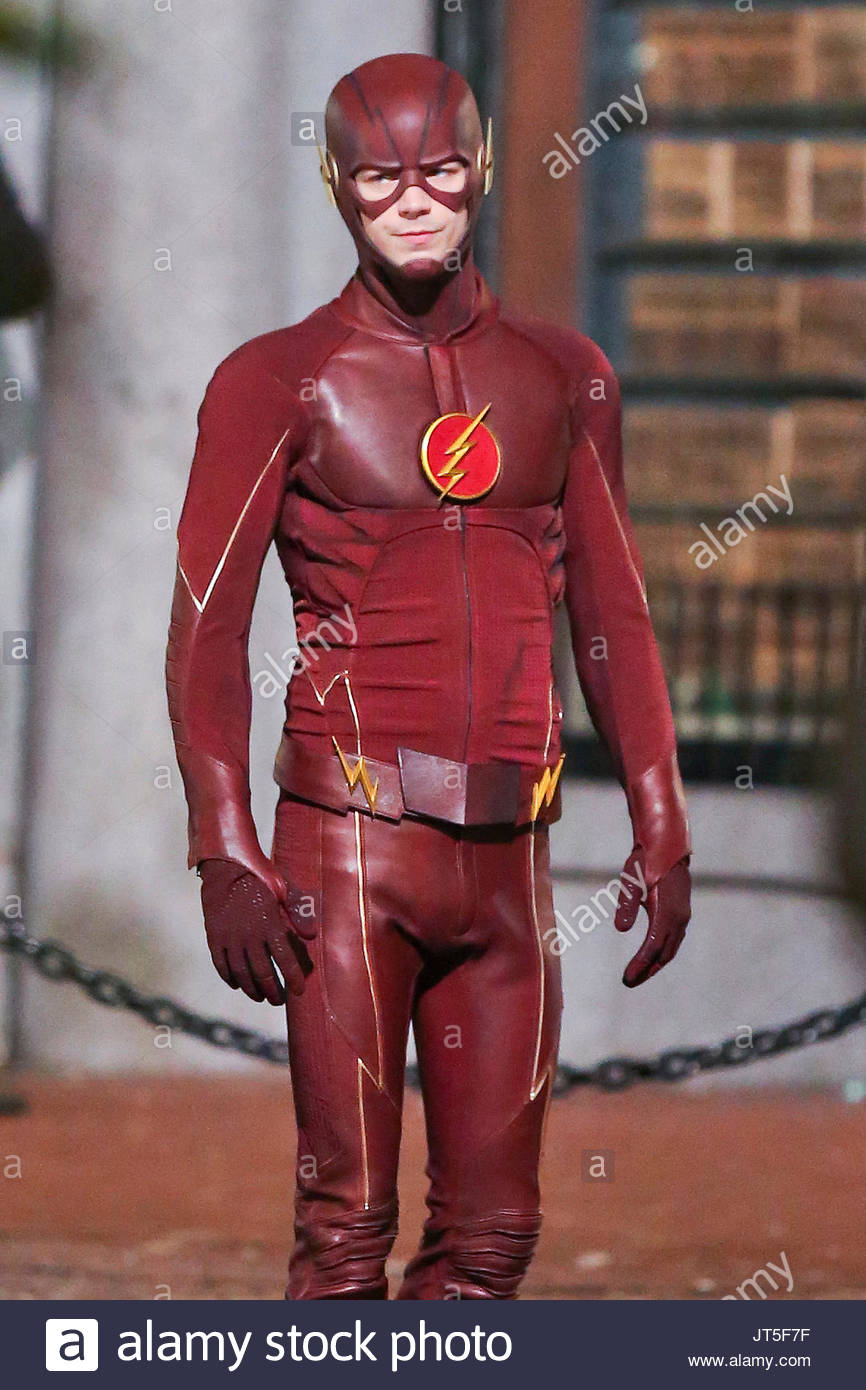 Grant Gustin in costume as u0027The Flashu0027 in Gastown and earlier in the day kissing candice Patton in Vancouveru0027s Crab Park.  sc 1 st  Alamy & grant gustin. Grant Gustin in costume as u0027The Flashu0027 in Gastown and ...