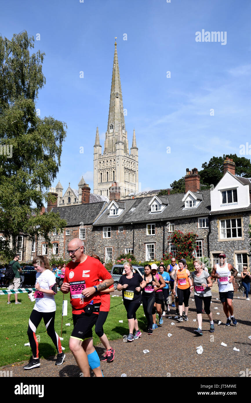 Norwich UK. 6th August 2017. 4700 people took part in the annual Run Norwich 10k road race organised by Norwich City FC Community Sports Foundation. R - Stock Image
