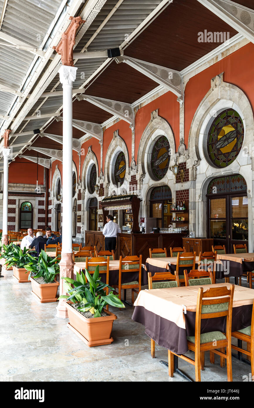 Patrons eating in restaurant, Sirkeci Train Station, Istanbul, Turkey - Stock Image