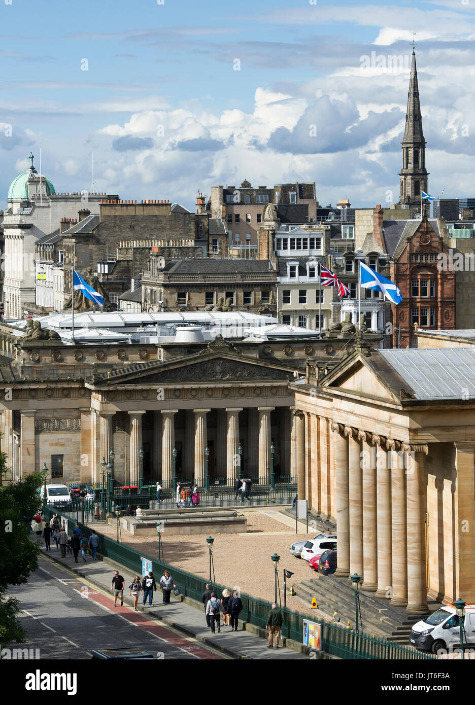A view of the Scottish National Gallery and the Royal Scottish Academy on the Mound, Edinburgh. Stock Photo