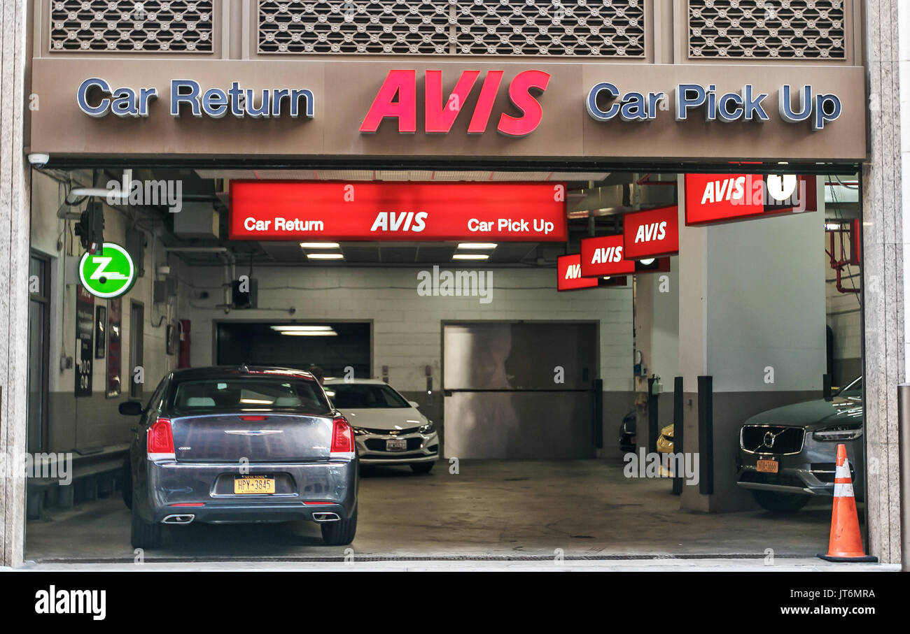 Car Rental Manhattan >> Avis Car Rental Stock Photos & Avis Car Rental Stock Images - Alamy