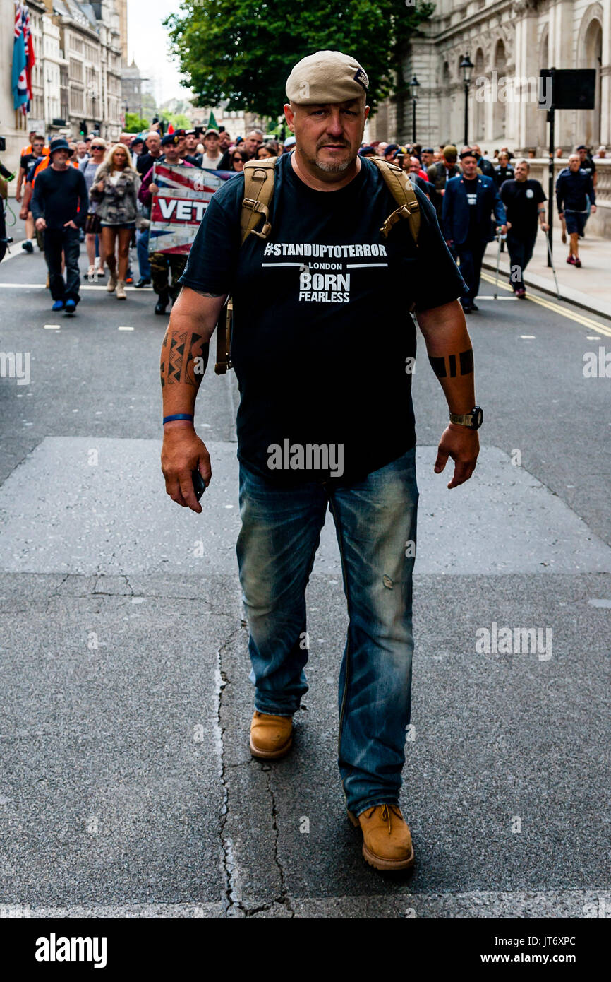 Phil Campion A Former British Army SAS Soldier Leads A Group Of Army Veterans To Downing St To Demand That The Government Do More To Combat Terrorism - Stock Image