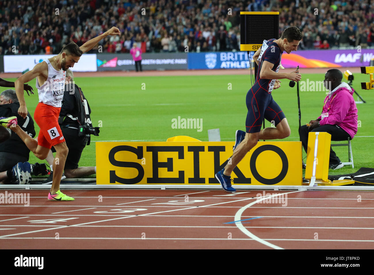 London, UK. 08th Aug, 2017. London, August 08 2017 . Pierre-Ambroise Bosse, France, wins the men's 800m final ahead of Adam Kszczot, Poland, on day five of the IAAF London 2017 world Championships at the London Stadium. Credit: Paul Davey/Alamy Live News - Stock Image