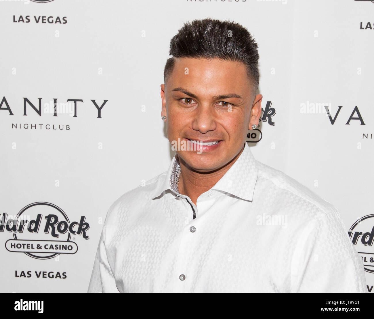 Las Vegas Nv December 31 Dj Pauly D New Years Eve At Vanity