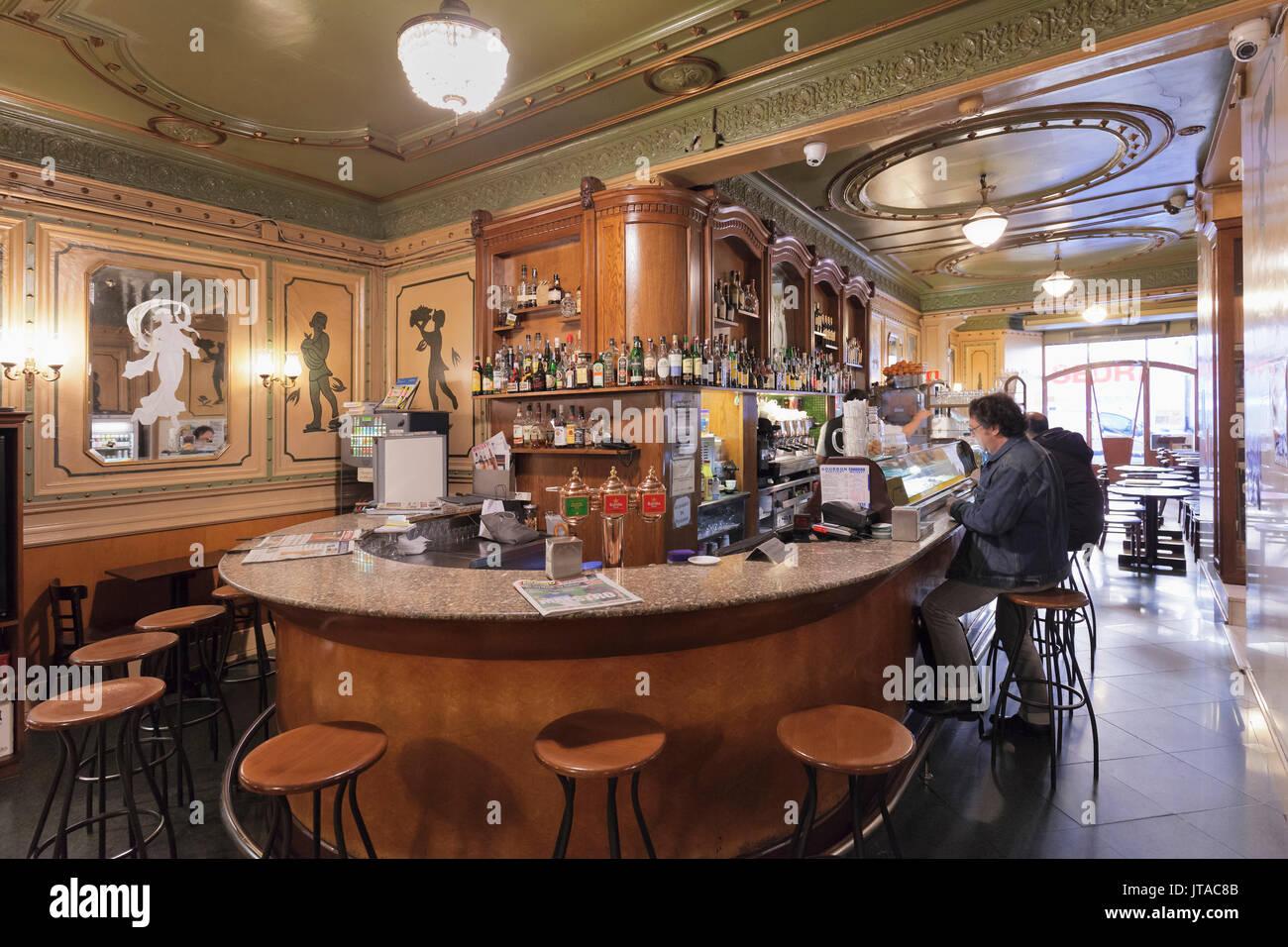 Art Nouveau Cafe de l'Opera, La Rambla (Les Ramblas), Barcelona, Catalonia, Spain, Europe - Stock Image