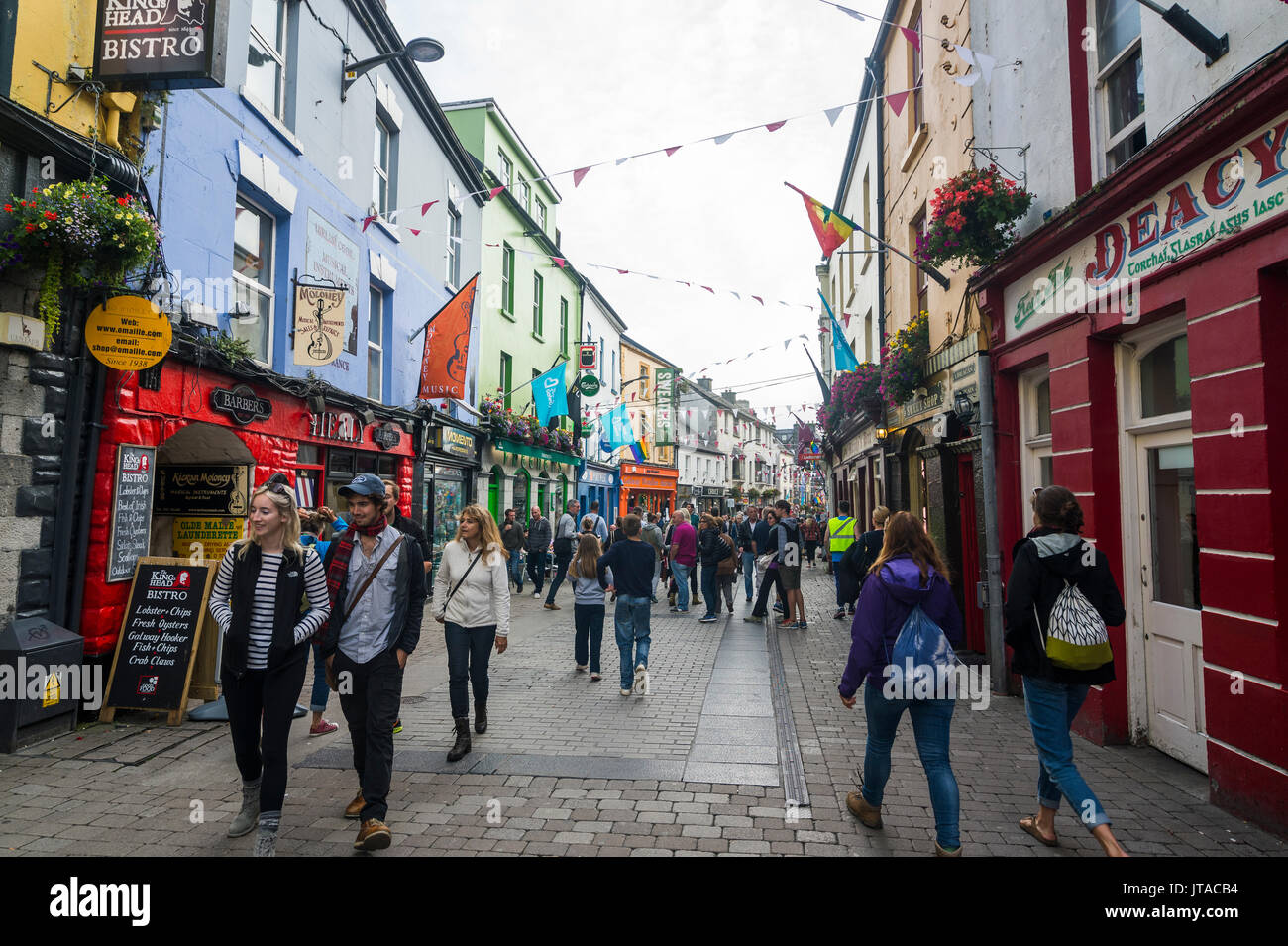 Busy pedestrian zone of Galway, County Galway, Connacht, Republic of Ireland, Europe - Stock Image
