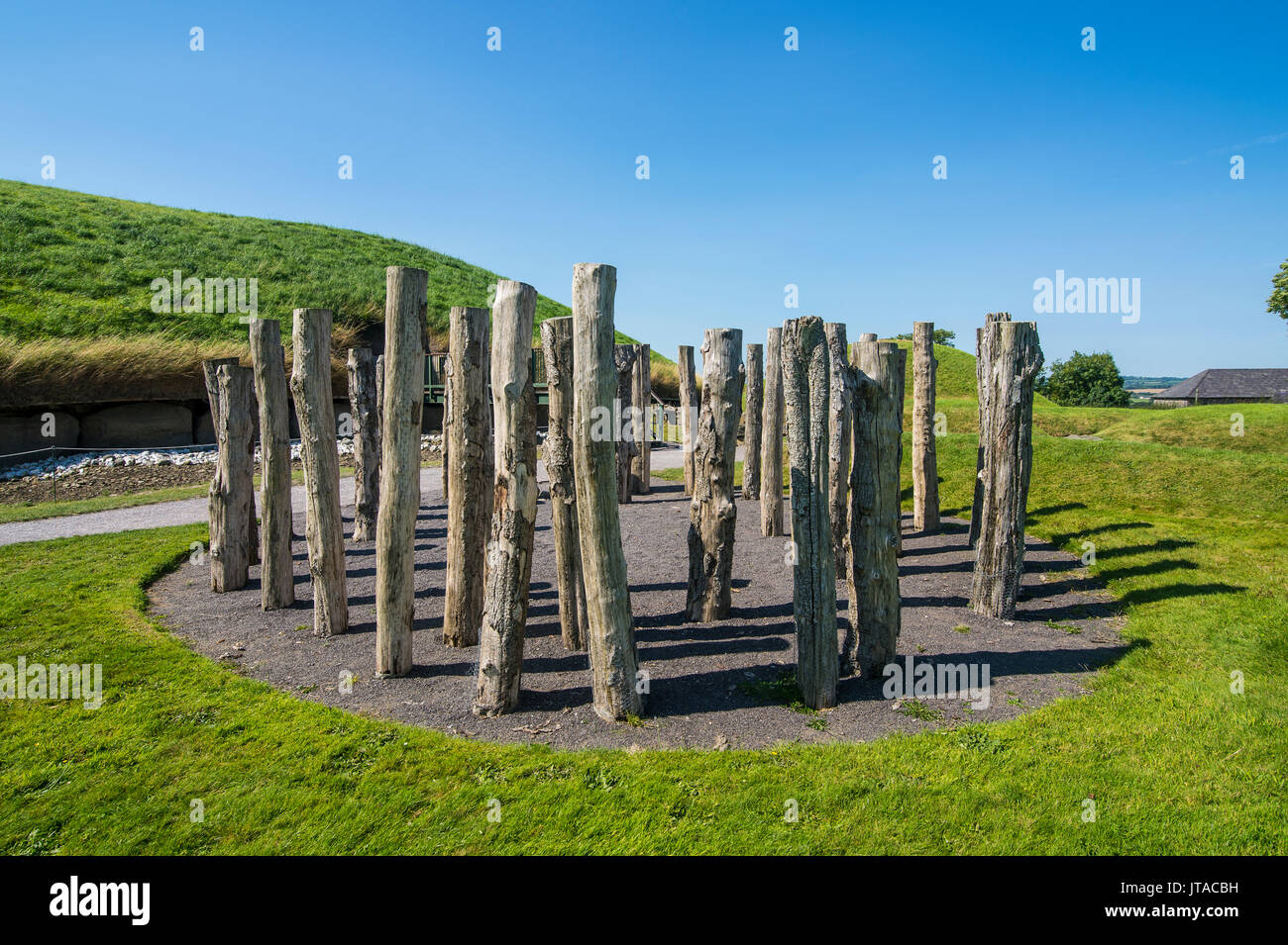 Knowth, Neolithic passage grave, UNESCO, prehistoric Bru na Boinne, Valley of the River Boyne, County Meath, Leinster, Stock Photo