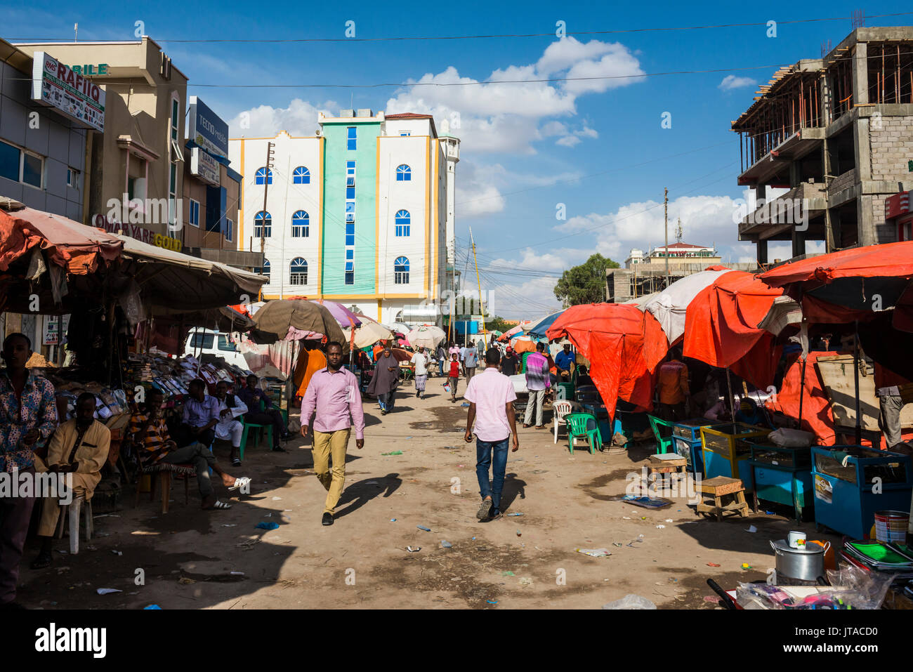 Dusty street in Hargeisa, Somaliland, Somalia, Africa - Stock Image
