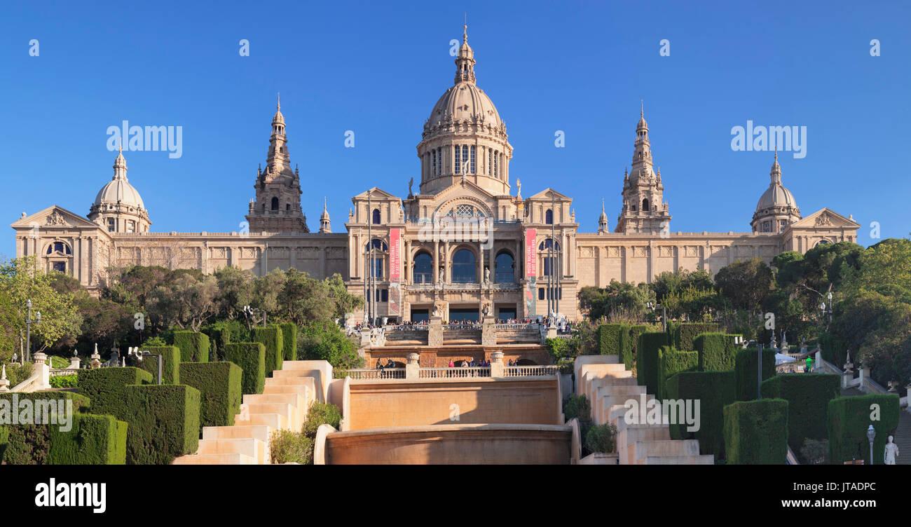 Palau Nacional (Museu Nacional d'Art de Catalunya), Montjuic, Barcelona, Catalonia, Spain, Europe - Stock Image