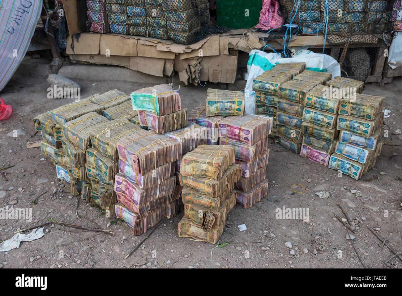 Huge piles of money, Hargeisa, Somaliland, Somalia, Africa - Stock Image