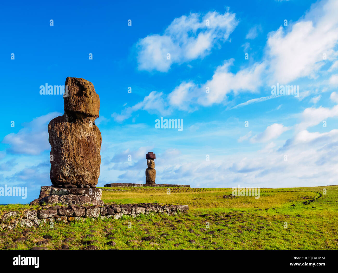 Moais in Tahai Archaeological Complex, Rapa Nui National Park, UNESCO World Heritage Site, Easter Island, Chile - Stock Image