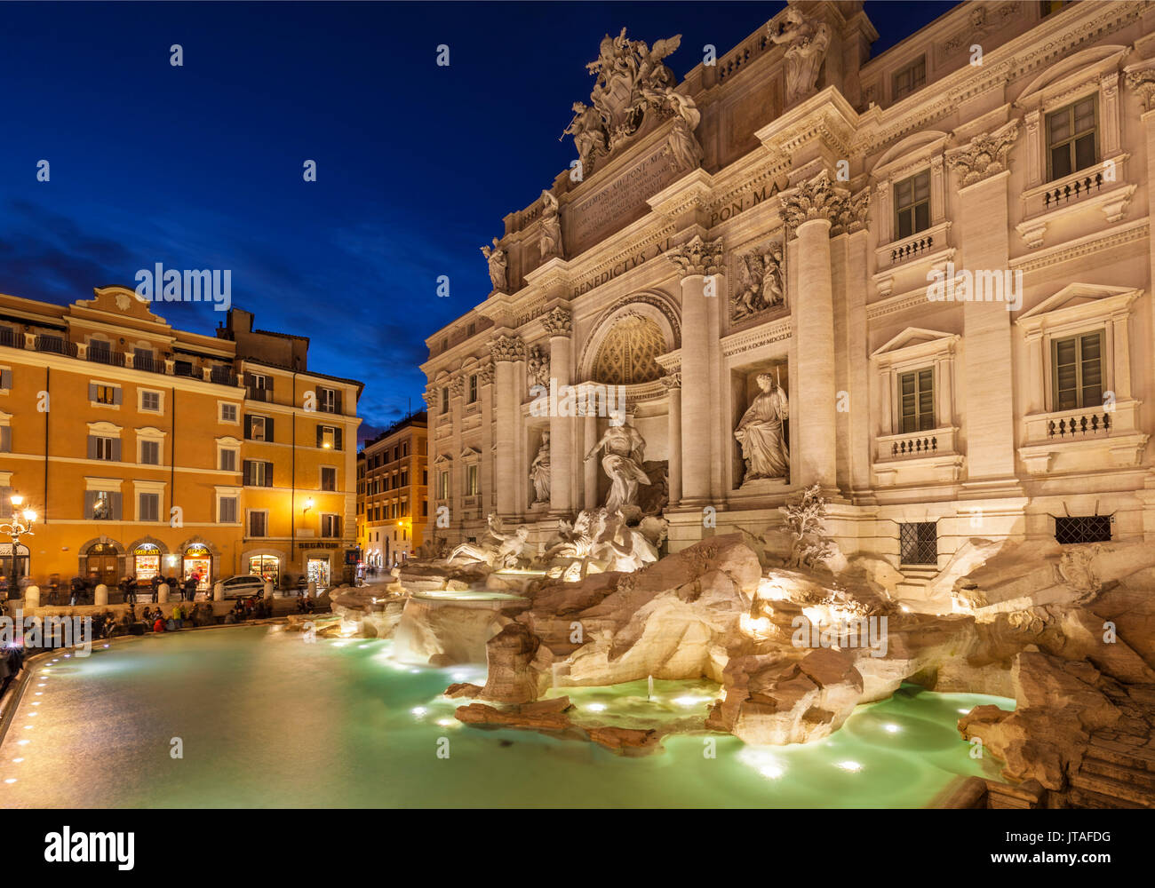 The Trevi Fountain backed by the Palazzo Poli at night, Rome, Lazio, Italy, Europe - Stock Image