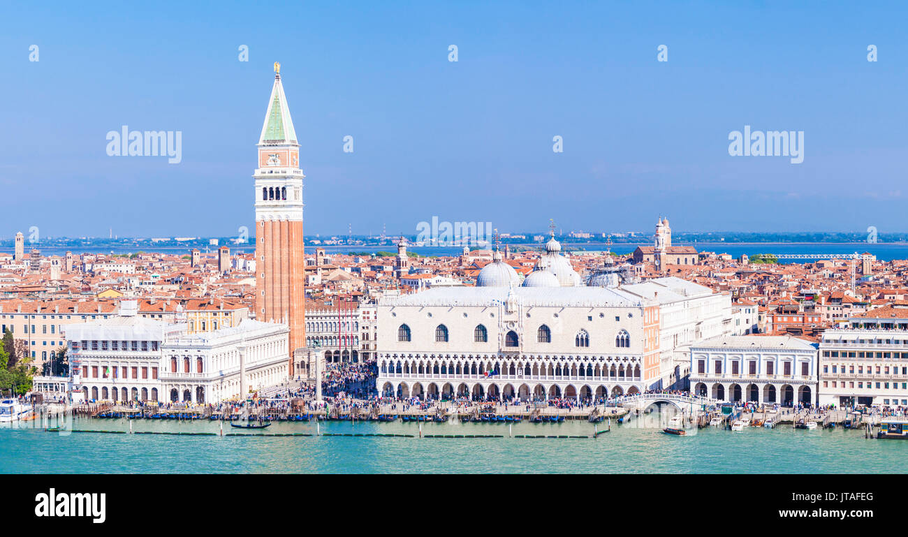 Panorama, Campanile tower, Palazzo Ducale (Doges Palace), Bacino di San Marco (St. Marks Basin), Venice, UNESCO, Veneto, Italy - Stock Image