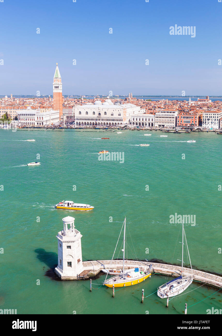 Campanile tower, Palazzo Ducale (Doges Palace), Bacino di San Marco (St. Marks Basin), Venice, UNESCO, Veneto, Italy, Europe - Stock Image