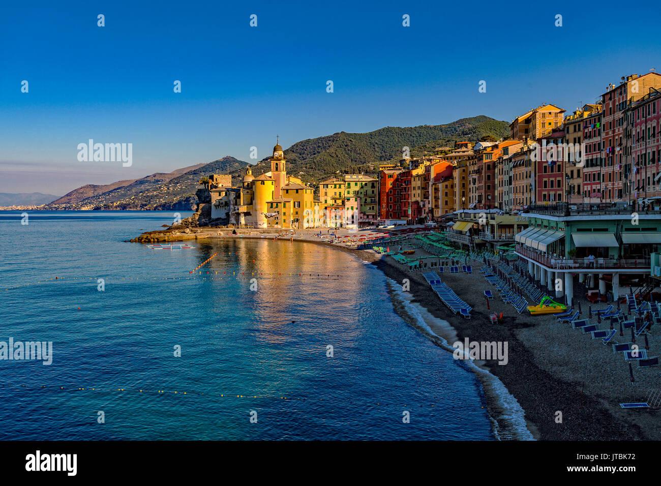 Italy Liguria Camogli - View with beach and church Santa Maria Assunta - Stock Image