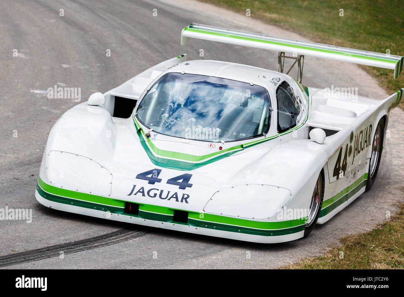 Jaguar Xjr Stock Photos & Jaguar Xjr Stock Images - Alamy
