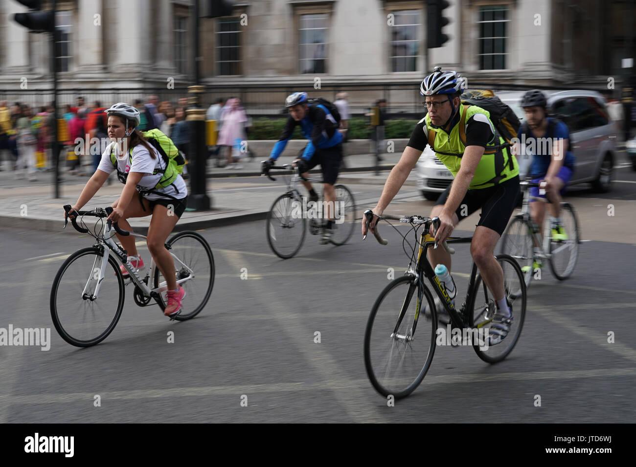 Cycle Dating Londen Hoe nauwkeurig is echografie dating op 11 weken