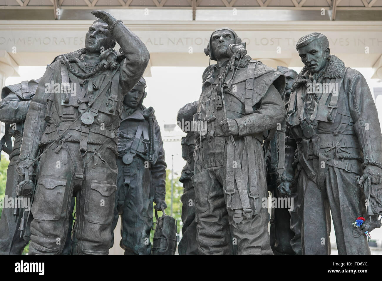 A view of The Royal Air Force Bomber Command Memorial at Hyde Park Corner commemorating the crews of RAF Bomber Command during the second world war. P - Stock Image