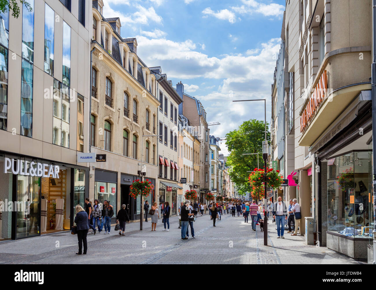 Shops on the Grand-Rue in the old town (Ville Haute), Luxembourg city, Luxembourg - Stock Image