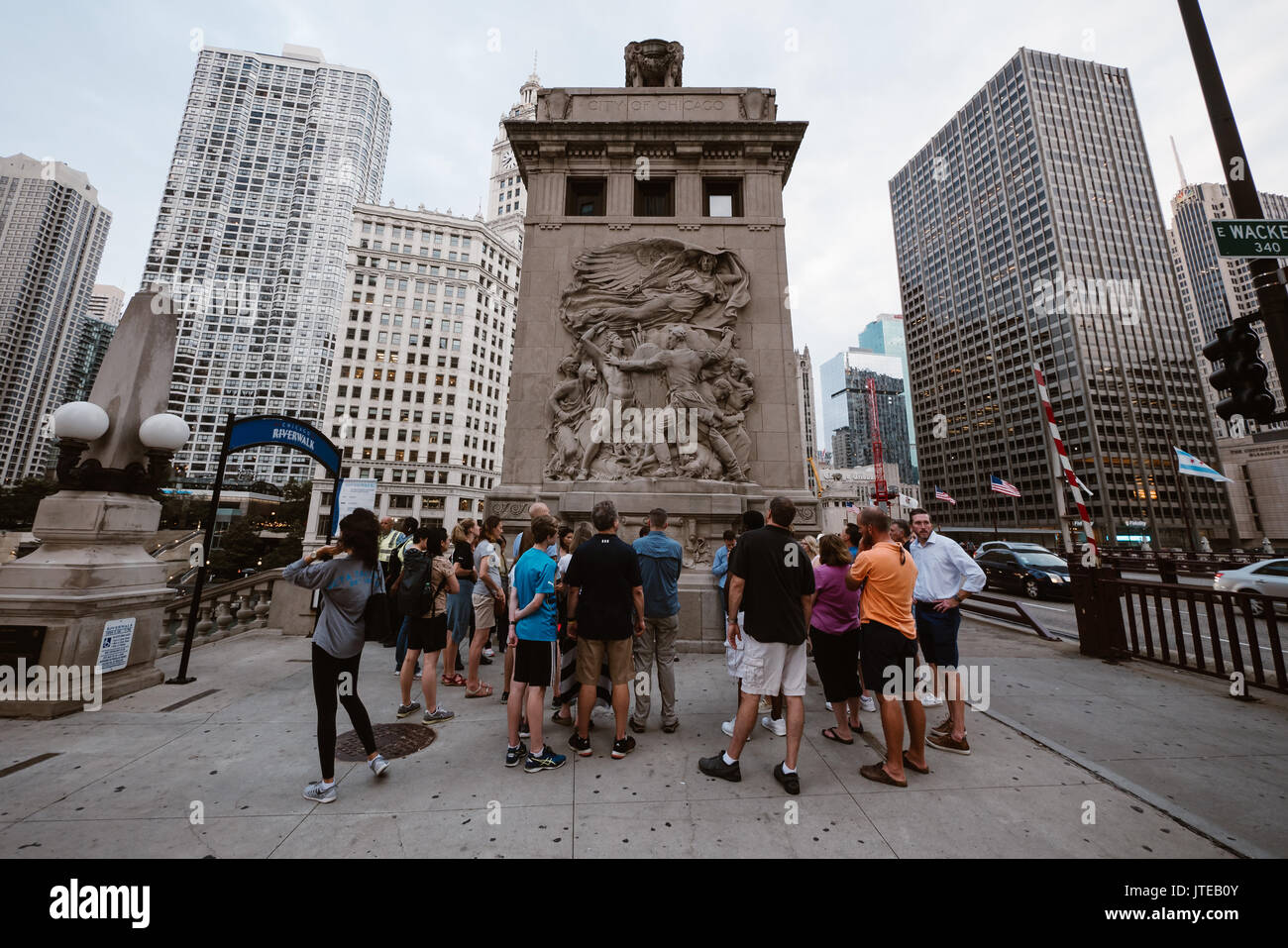 group of people gather by the dusable bridge in chicago - Stock Image