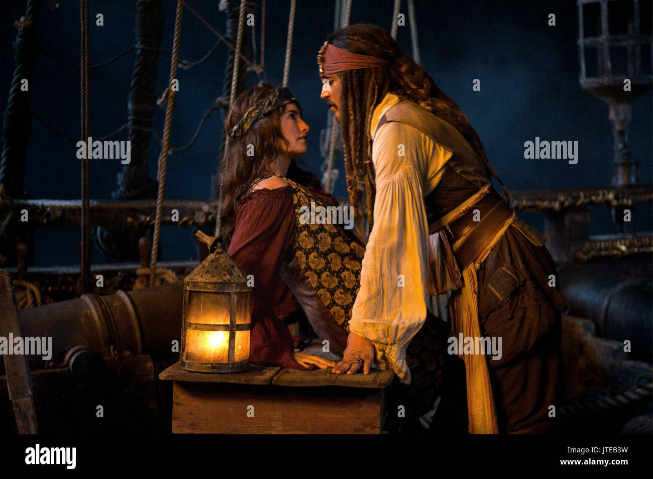 Cruz Depp Pirates Of The Caribbean On Stranger Tides 2011 Stock Photo Alamy