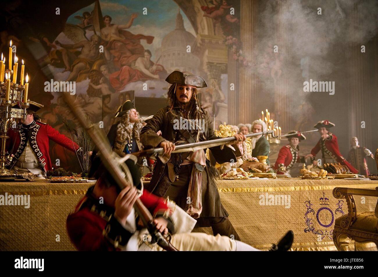 Johnny Depp Pirates Of The Caribbean On Stranger Tides Pirates Of Stock Photo Alamy