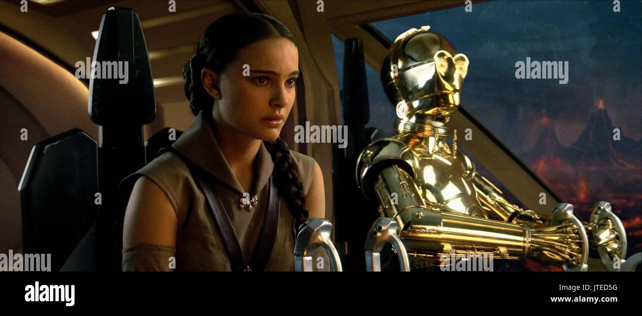 Natalie Portman Anthony Daniels As C 3po Star Wars Episode Iii Stock Photo Alamy
