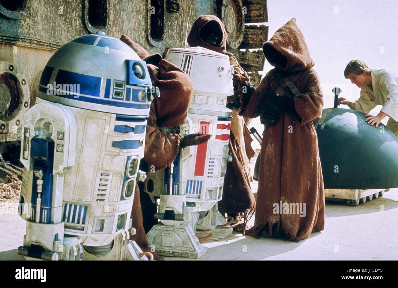 Kenny Baker Mark Hamill Star Wars Episode Iv A New Hope 1977 Stock Photo Alamy