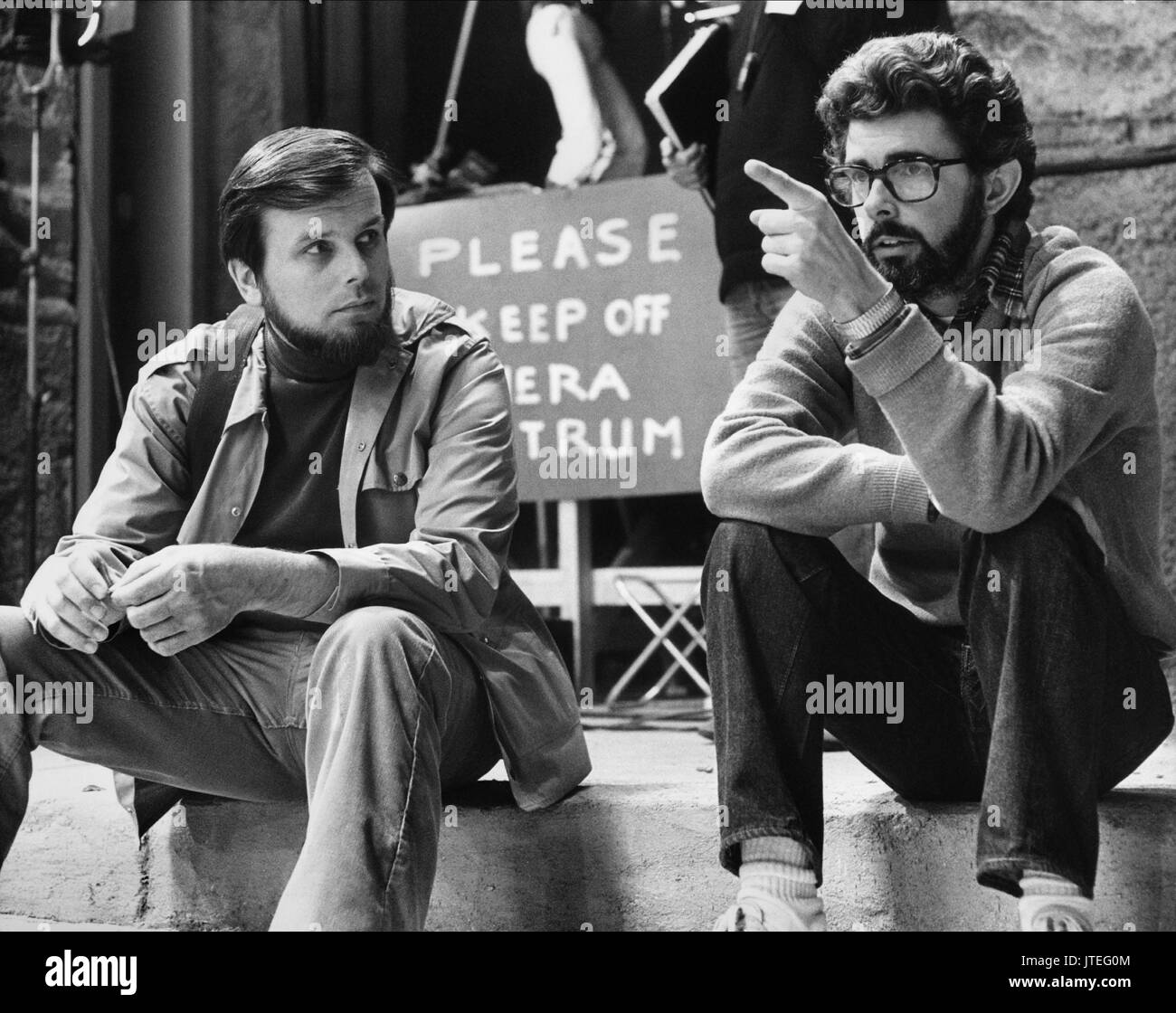 GARY KURTZ, GEORGE LUCAS, STAR WARS: EPISODE IV - A NEW HOPE, 1977 - Stock Image
