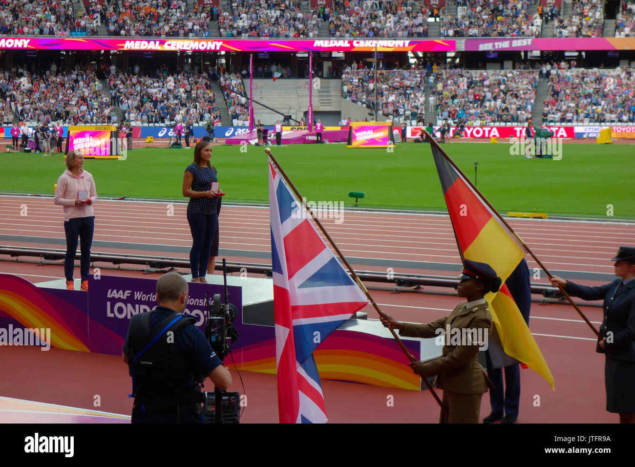 August 6th 2017, London Stadium, East London, England; IAAF World Championships, Jennifer Oeser of Germany and Jessica Ennis of Great Britain - Stock Image