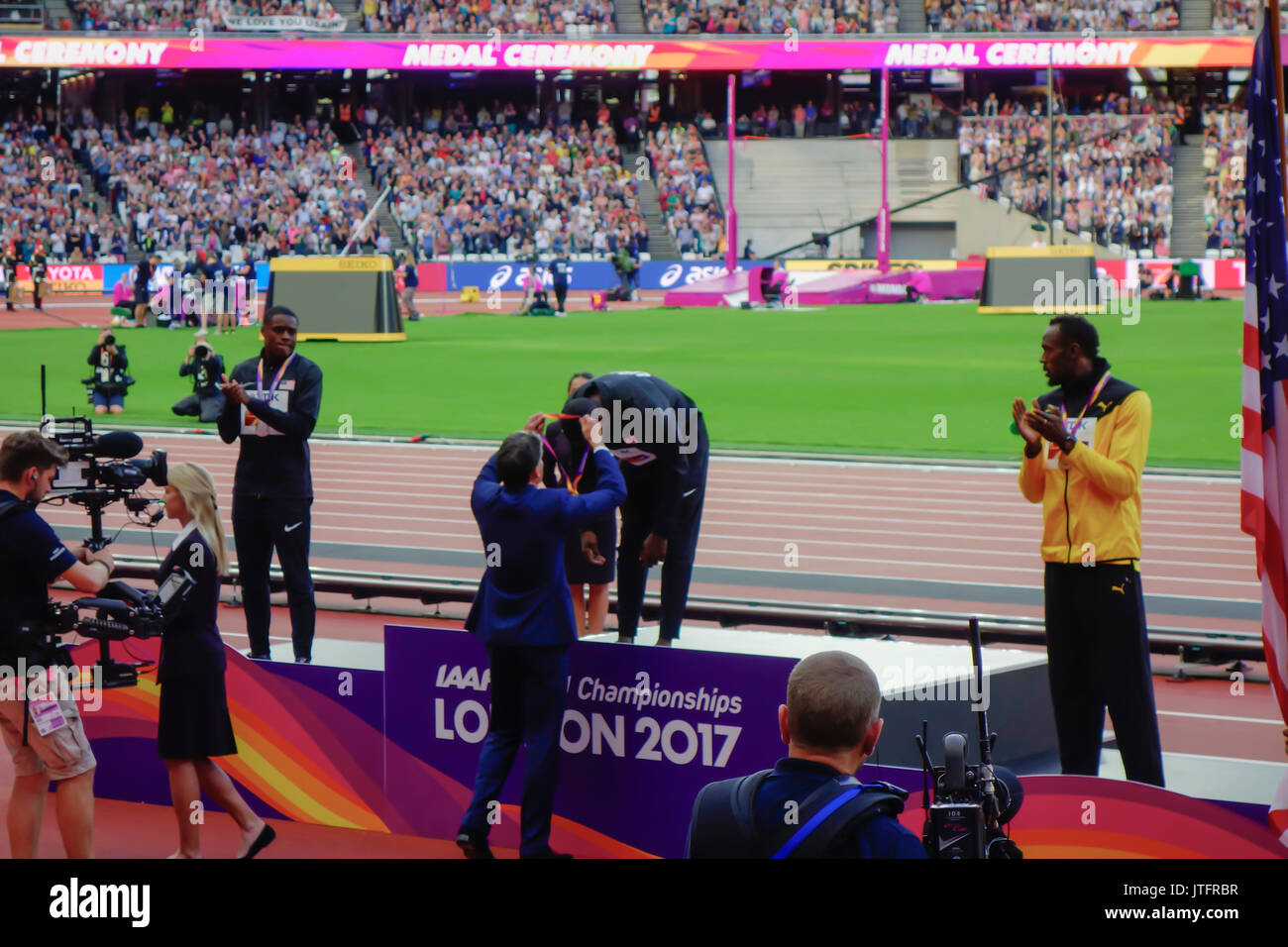 Men's 100m award ceremony at the London 2017 IAAF World Championships in London, UK, 06 August 2017.  Justin Gatlin of the USA won the gold medal. - Stock Image