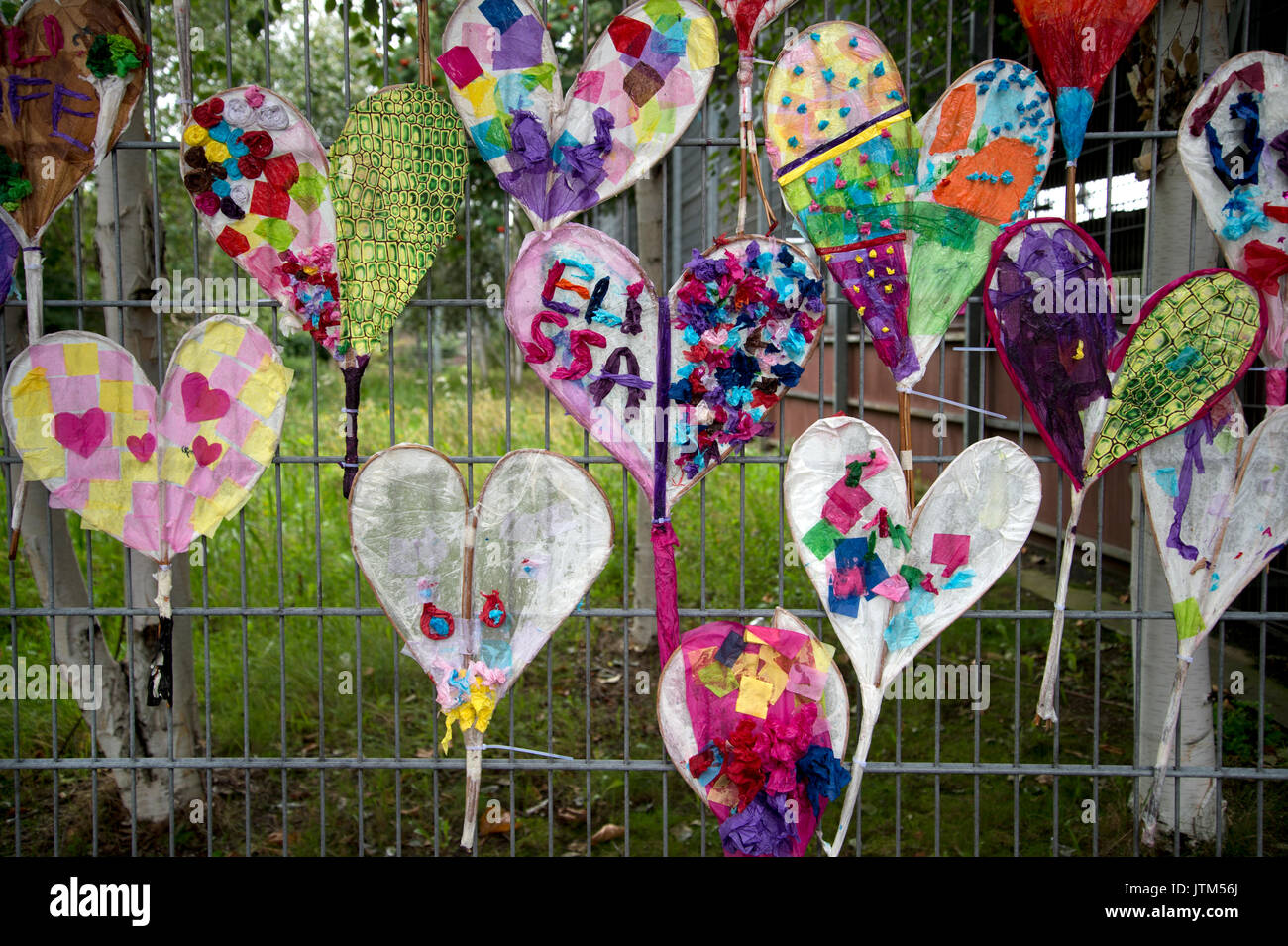 Grenfell Tower, West London. Aftermath of the tragedy. memorial to victims of the fire, heart shaped kites made by children - Stock Image