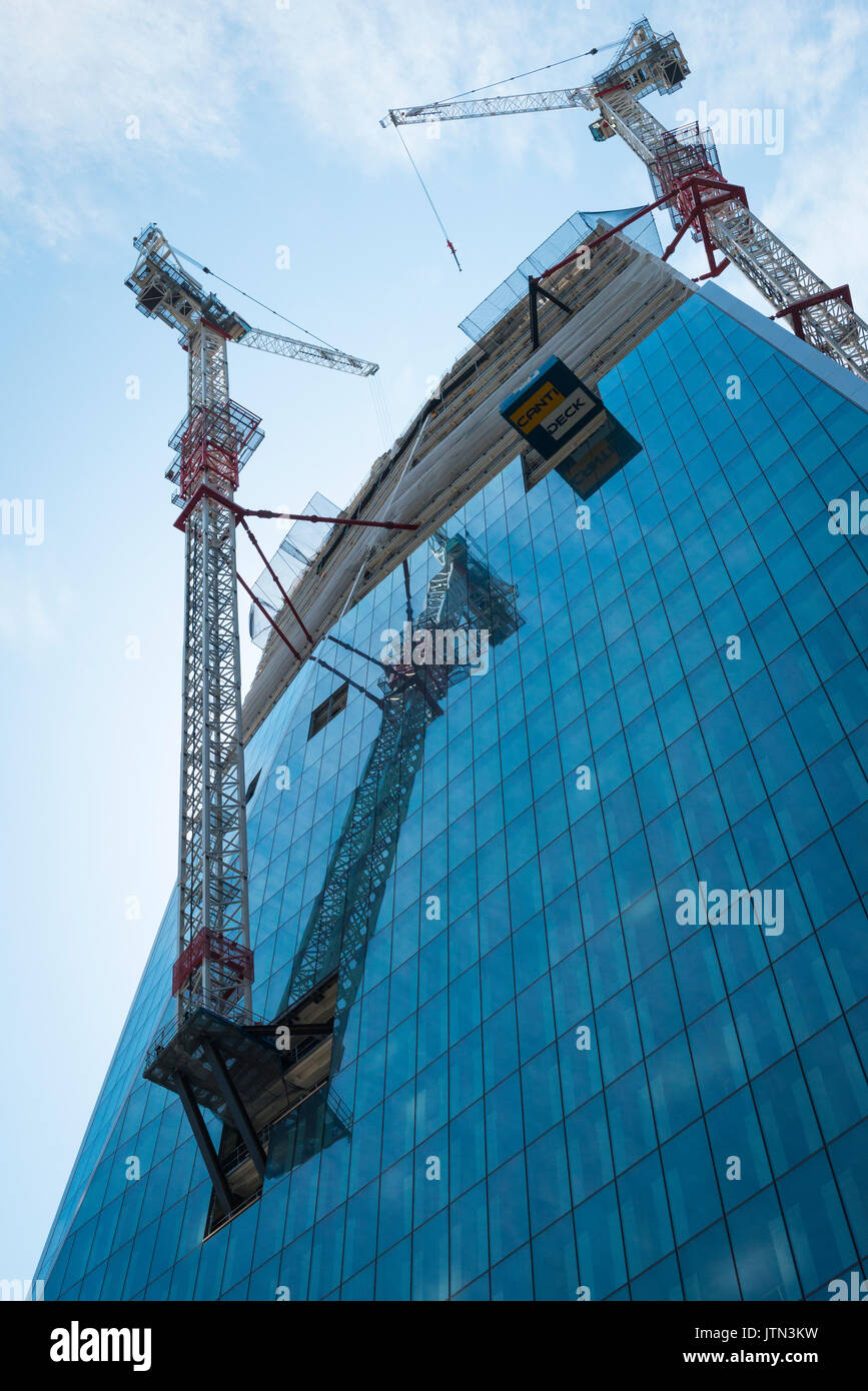 The scalpel building london stock photos the scalpel for Insurance for home under construction