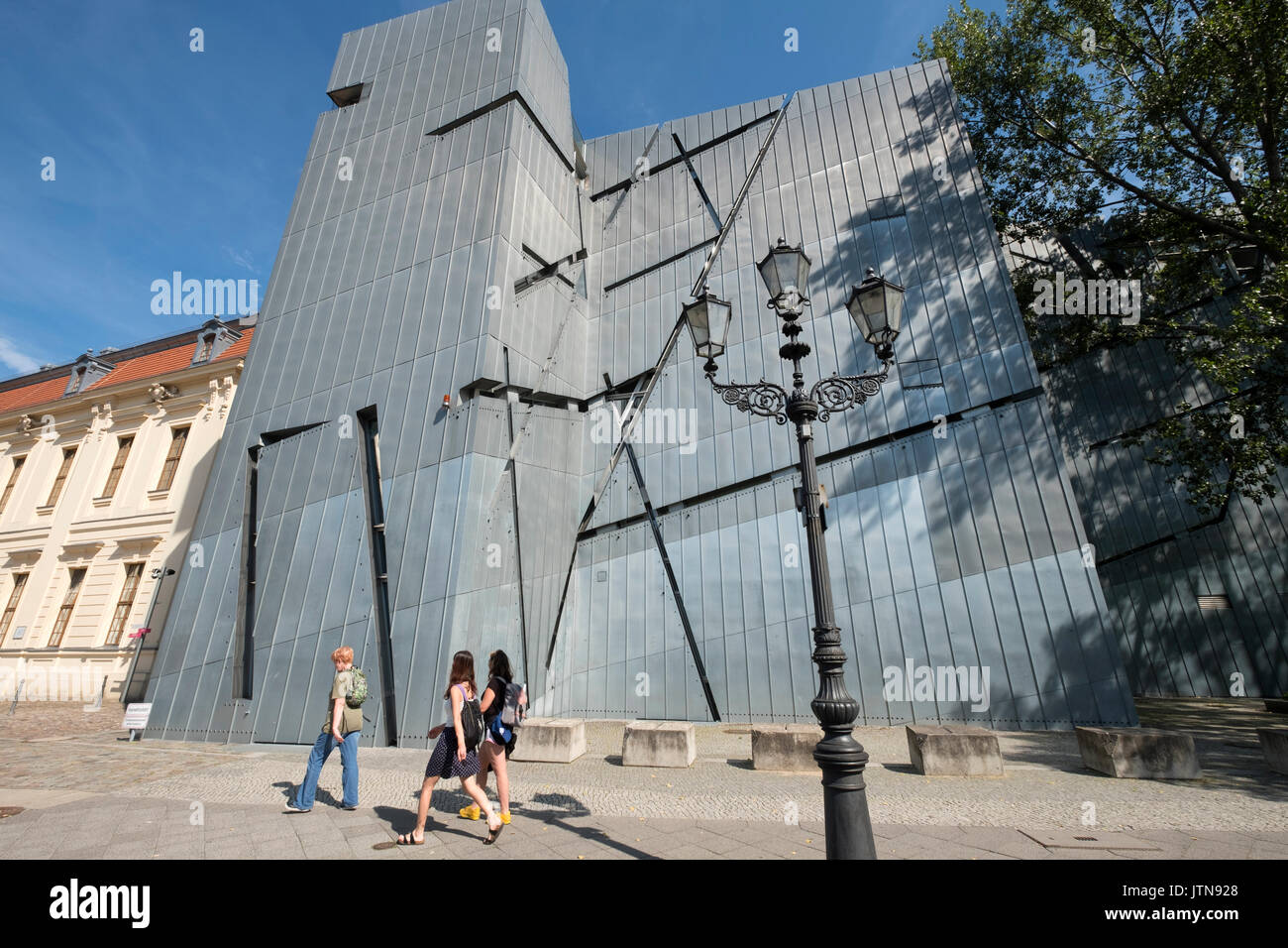 View of the Jewish Museum designed by Daniel Libeskind in Kreuzberg, Berlin, Germany - Stock Image
