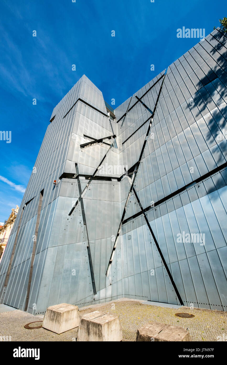 View of the Jewish Museum designed by Daniel Libeskind in Kreuzberg, Berlin, Germany Stock Photo