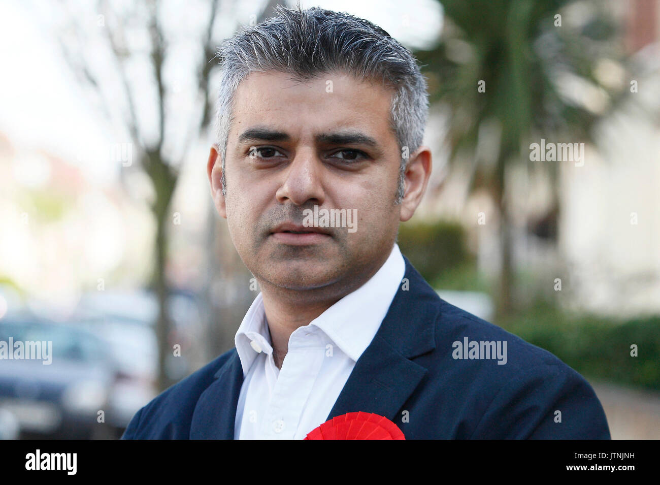 Sadiq Khan MP poses for a photograph in a residential street in Tooting. South London. 21.04.2010. - Stock Image