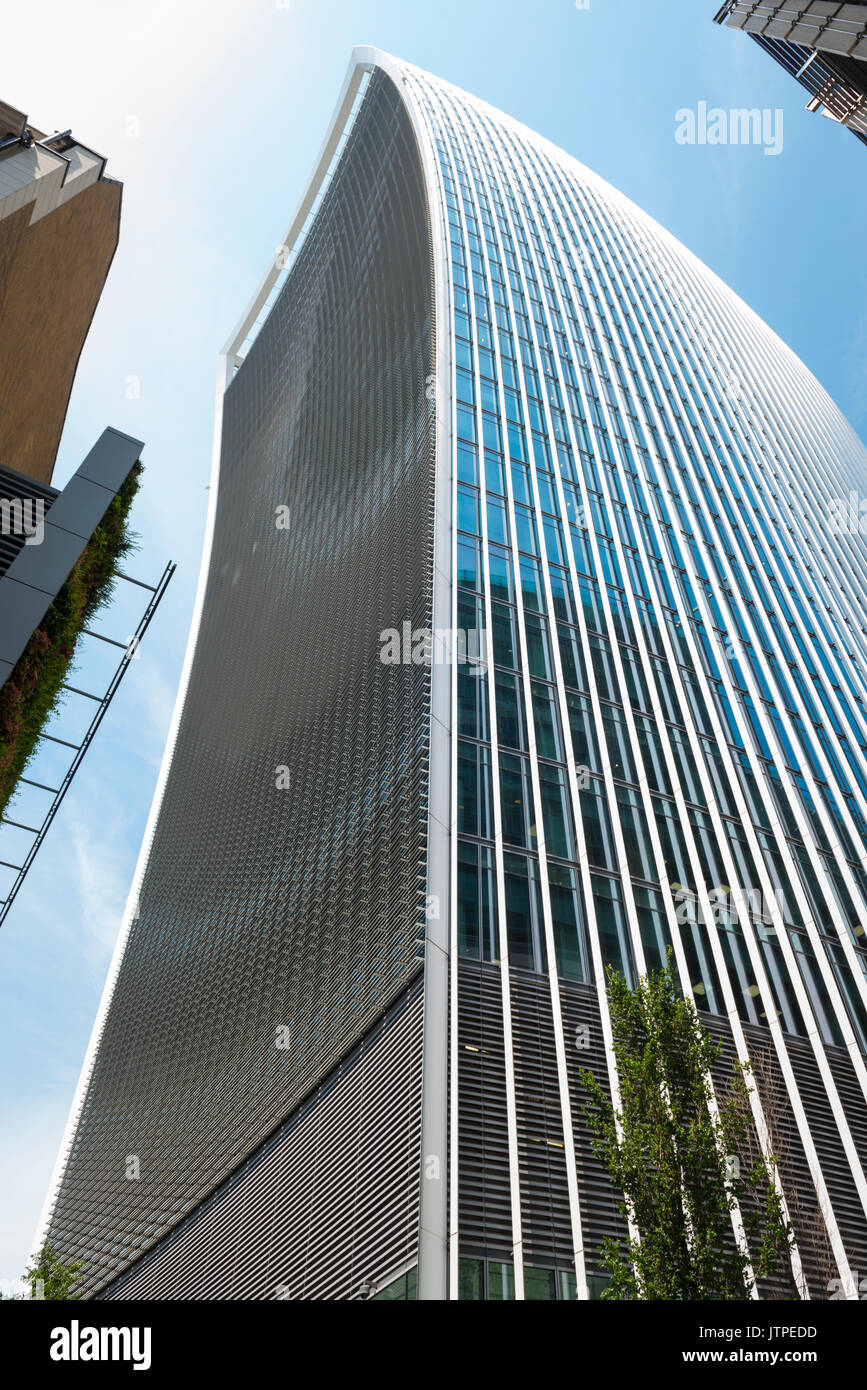 UK London City Financial Centre Center 20 Fenchurch Street modern contemporary skyscraper The Walkie-Talkie detail landmark office block high-rise - Stock Image