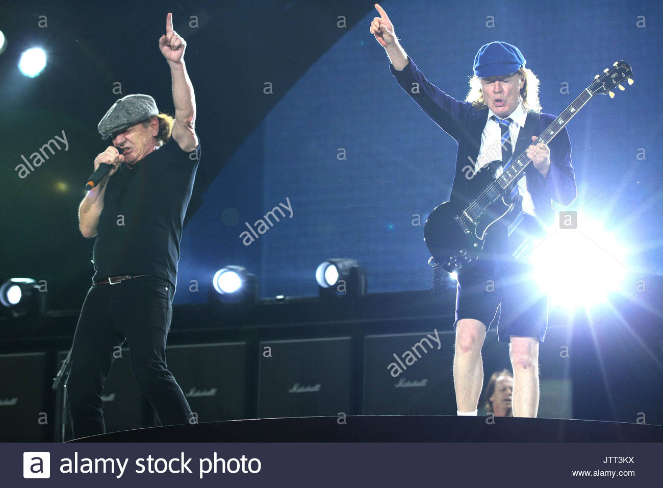 Ac Dc In Concert Stock Photos & Ac Dc In Concert Stock Images - Alamy