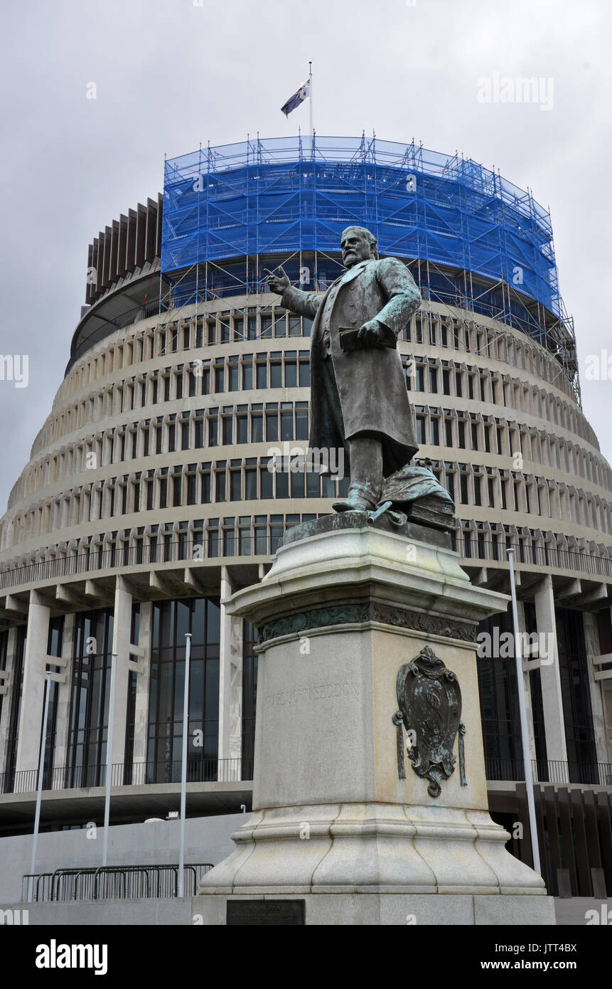 A statue of New Zealand's 15th Prime Minister, Richard John Seddon outside Parliament Building and The Beehive, Wellington, New Zealand. - Stock Image