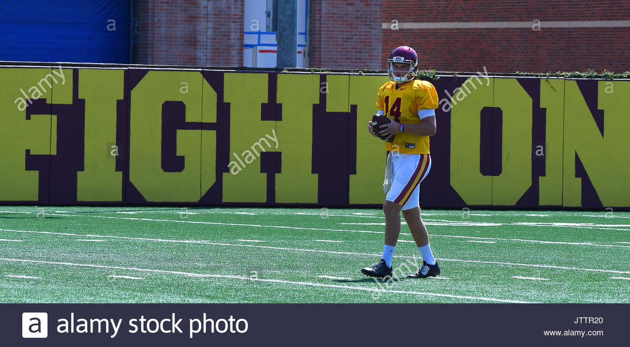 Los Angeles, California, USA. 5th Aug, 2017. USC Trojans quarterback Sam Darnold during USC football practice on Brian Kennedy/ Howard Jones Field on the campus of the University of Southern California on Saturday, Aug. 05, 2017 in Los Angeles. (Photo by Keith Birmingham, Pasadena Star-News/SCNG) Credit: San Gabriel Valley Tribune/ZUMA Wire/Alamy Live News - Stock Image