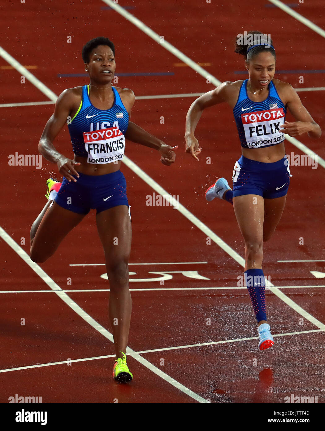 London, Britain. 9th Aug, 2017. Phyllis Francis (L) and Allyson Felix of the United States compete during Women's 400m Final on Day 6 of the 2017 IAAF World Championships at London Stadium in London, Britain, on Aug. 9, 2017. Phyllis Francis claimed the title with 49.92 seconds. Allyson Felix won the bronze medal. Credit: Luo Huanhuan/Xinhua/Alamy Live News - Stock Image