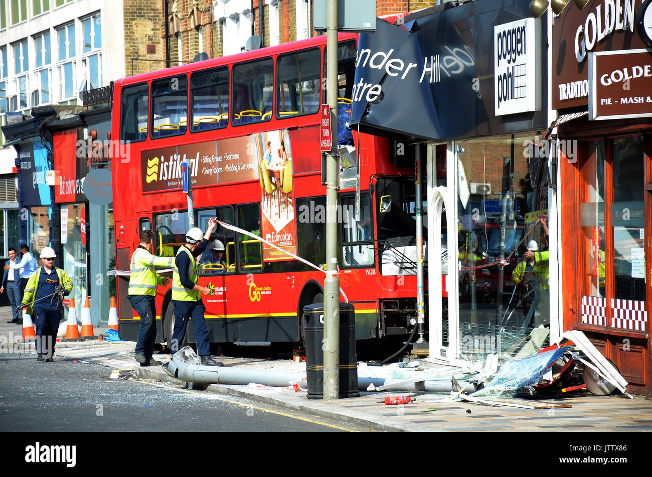 London, UK, Battersea 10/08/2017 Bus crashes into Poggen Pohl ...