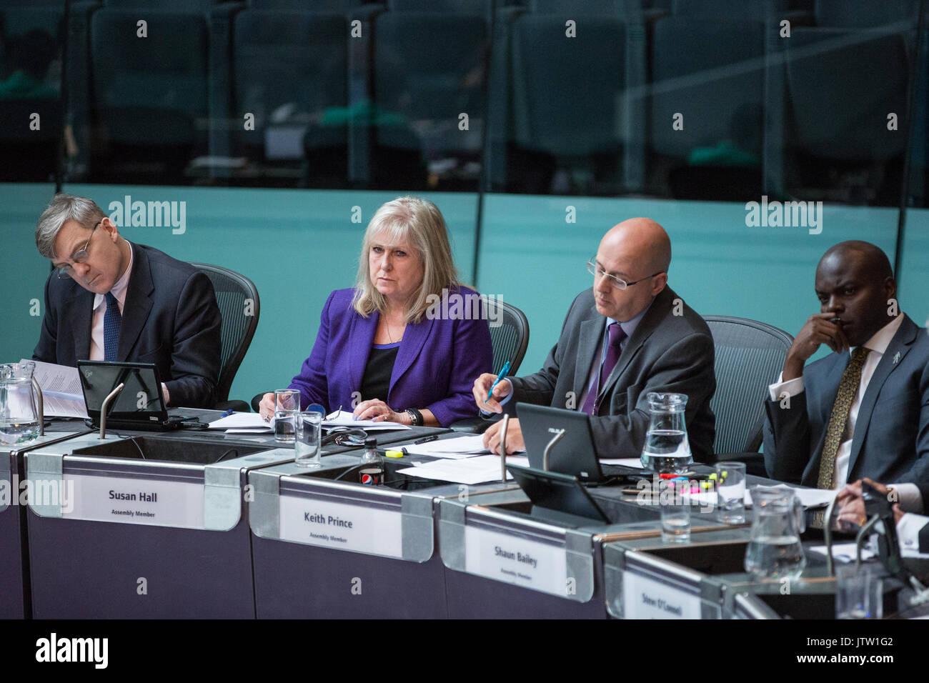 London, UK. 10th August, 2017. London Assembly Members Tony Devenish, Susan Hall, Keith Prince and Shaun Bailey listen to Mayor of London Sadiq Khan responding to questions during Mayor's Question Time at City Hall. Among topics discussed were: acid attacks, social housing, expenditure on fire and police services, 4G coverage on underground trains and noise from overnight underground trains. Credit: Mark Kerrison/Alamy Live News - Stock Image