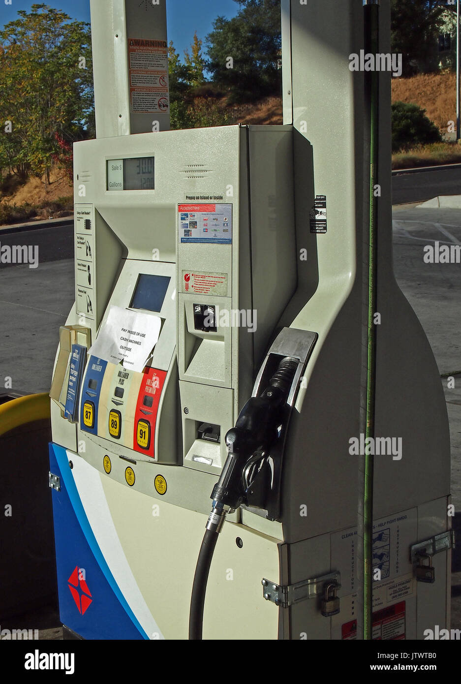 Arco Gas Station >> Arco Gas Station Pump At Ampm Store California Stock Photo
