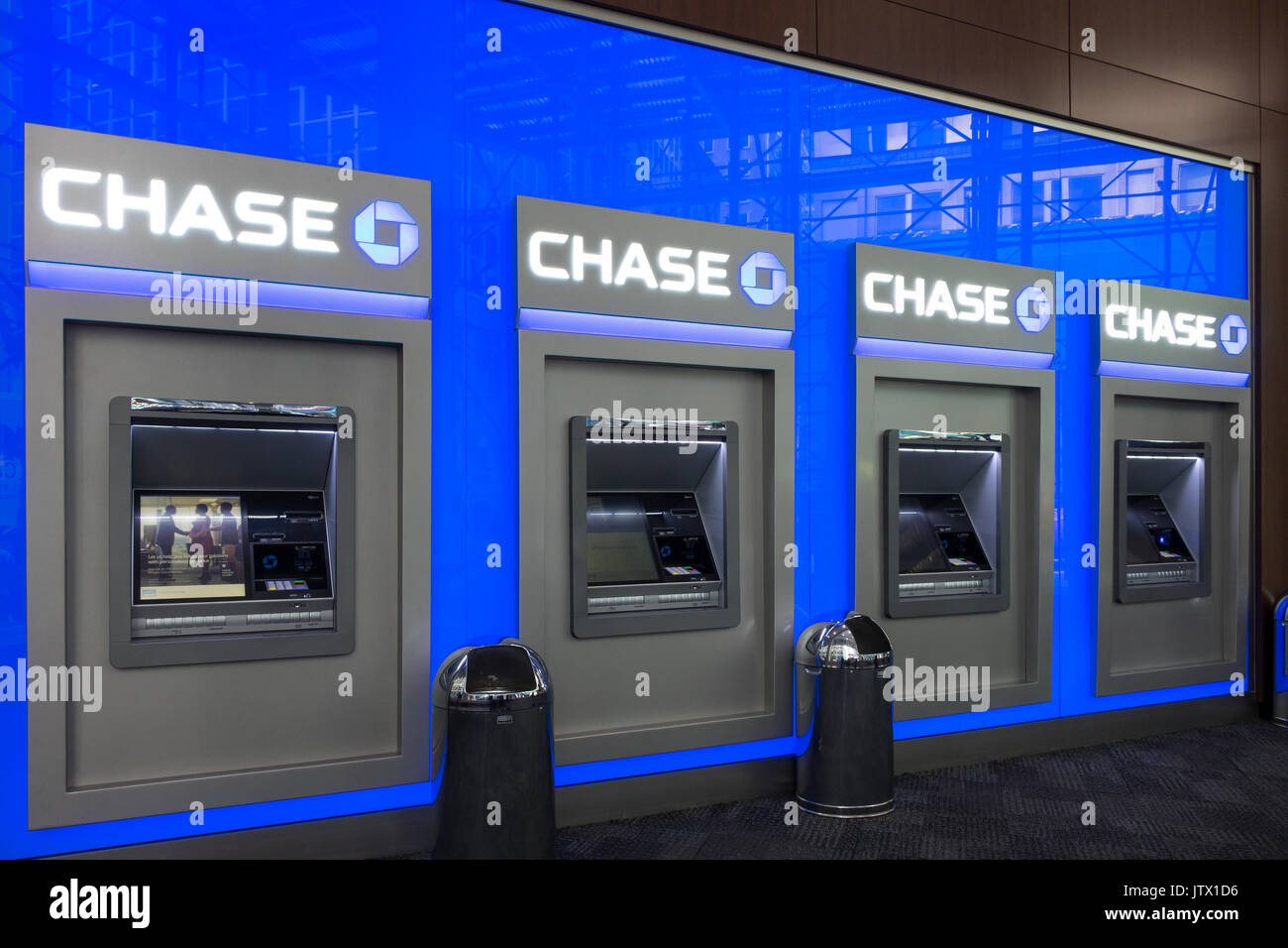 Chase Stock Photos & Chase Stock Images - Alamy