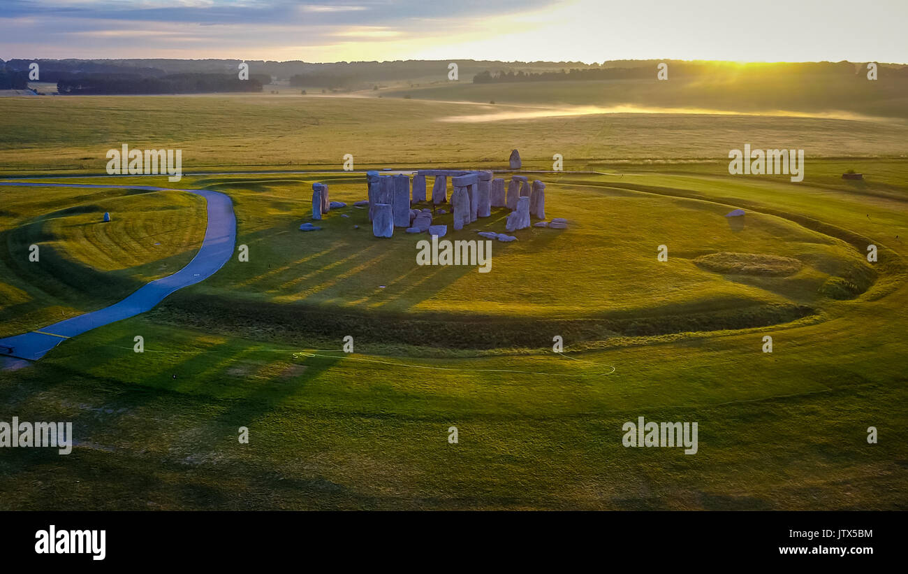 Sunrise at Stonehenge with the start of a new day Stock Photo