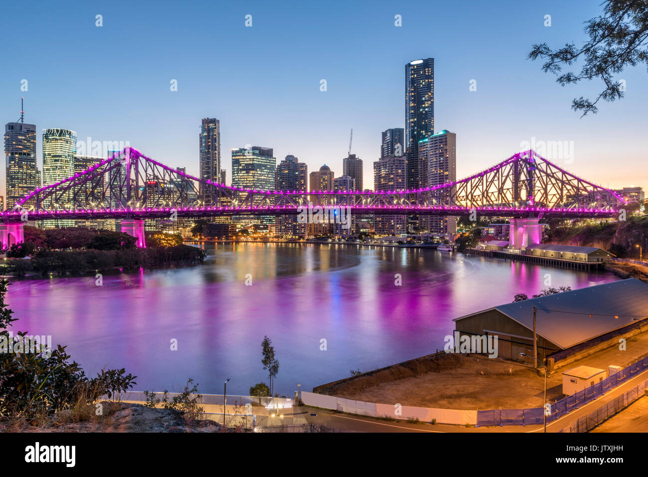 Story bridge over the Brisbane river - Stock Image