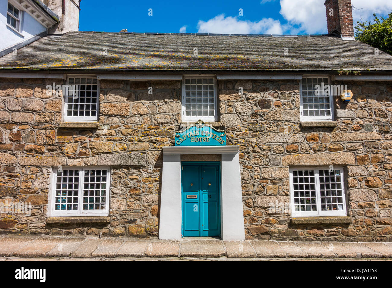 Captain Cutters House (traditional tobacconist), Chapel Street, Penzance, Cornwall, England, UK. - Stock Image